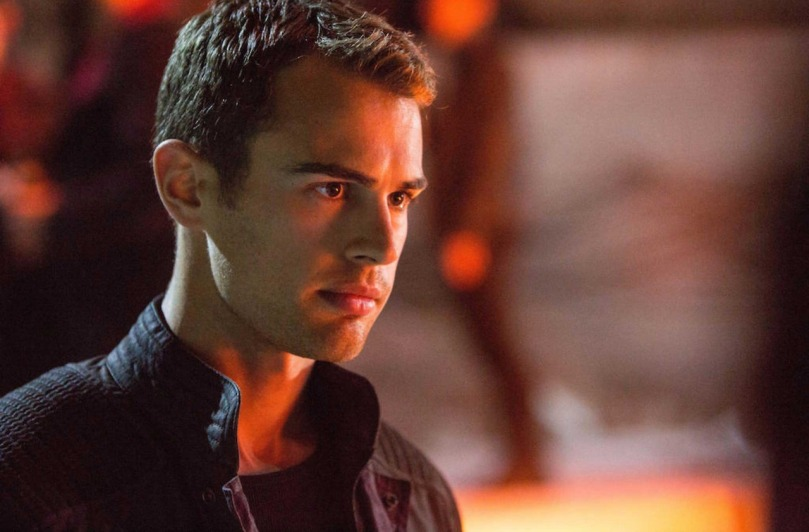 theo-james-as-four-in-divergent